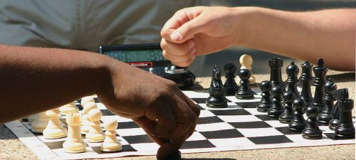 By dbking (Chess Players in Dupont Circle) [CC BY 2.0 (http://creativecommons.org/licenses/by/2.0)], via Wikimedia Commons